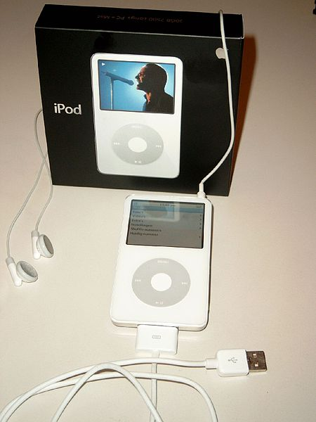450px-IPod_video_30_GB_white_2